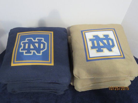 University of Notre Dame – Set of 8 Corn Hole Bags w/Game & Scoring Rules
