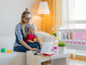 6 Ways Stay-at-Home Parents Can Make Extra Money