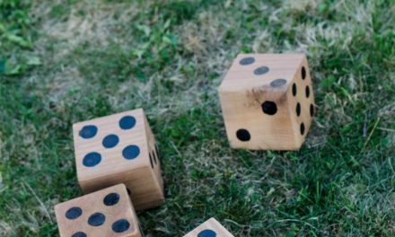 DIY Yard Games- I love this! I've seen Jenga but it's so much fun to have options… like yahtzee!