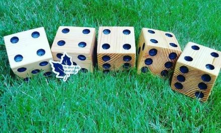 Yardzee – Lawn dice – Farkle – Family – Outdoor – Camping Dice – Big Dice – picnic game – Yahtzee – Game Night – Campfire