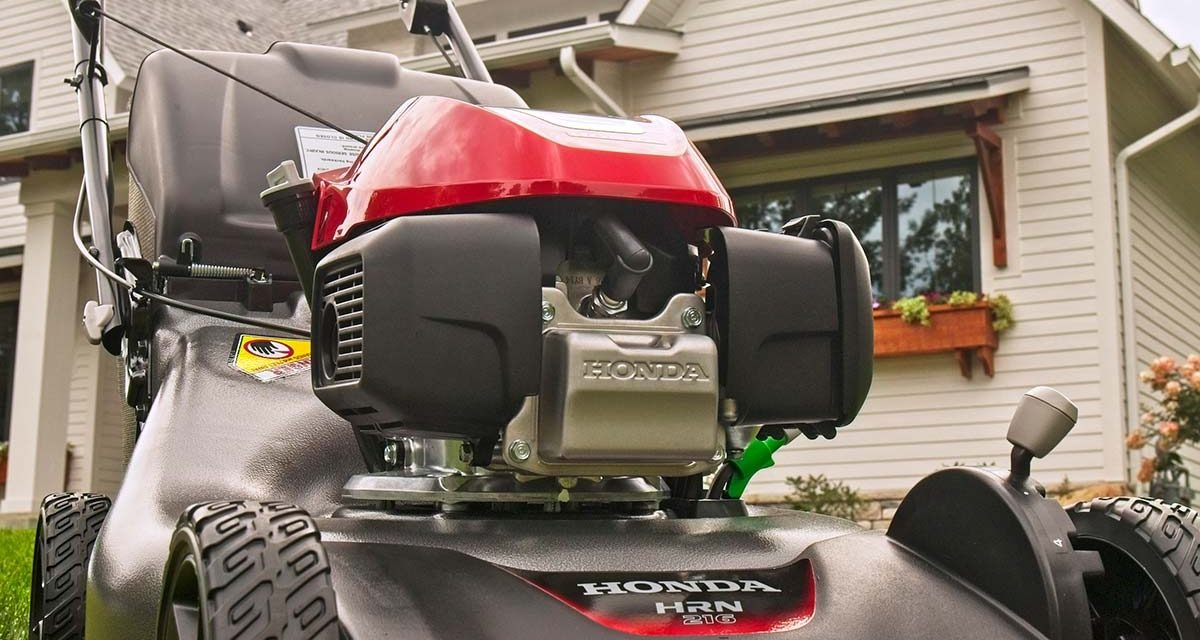 This New Mower From Honda is Perfect For DIYers—Here's Why