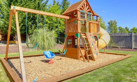 Homeowner's Guide to Home Swing Sets